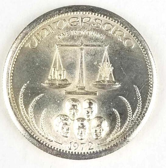 1972 World Trade Unit 31.1 grams 1 troy oz .999 fine silver round.
