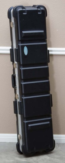 SKB quality hard plastic, two gun Rifle Case