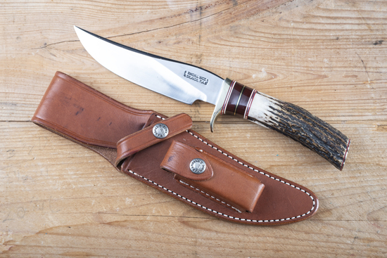 Randall made Side Knife in original Randall made leather sheath in like new condition.  Sheath has h