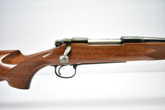 Remington, Model 700 Classic, 7mm Mag cal., Bolt-Action W/ Box