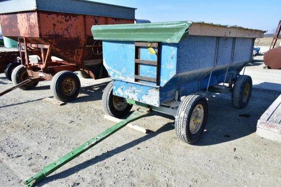 Flare Box Wagon on John Deere Gear