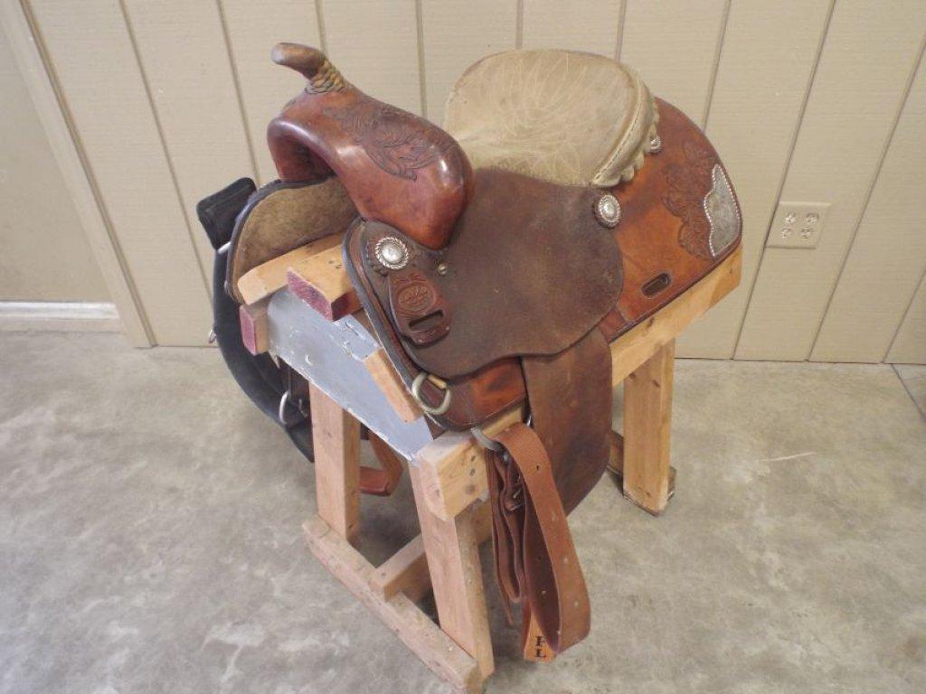 Leddy S Reining Saddle Equine Livestock Horse Tack Saddle Auctions Online Proxibid