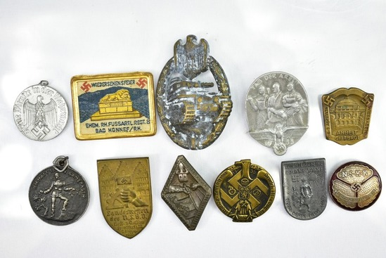 WWII German Nazi Pins & Metals    Auctions Online | Proxibid