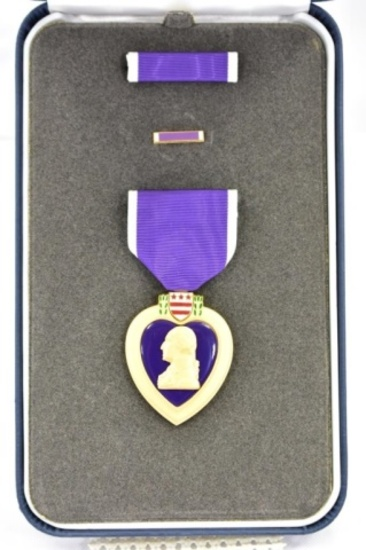 U.S. Purple Heart Medal - For Military Merit - In Case