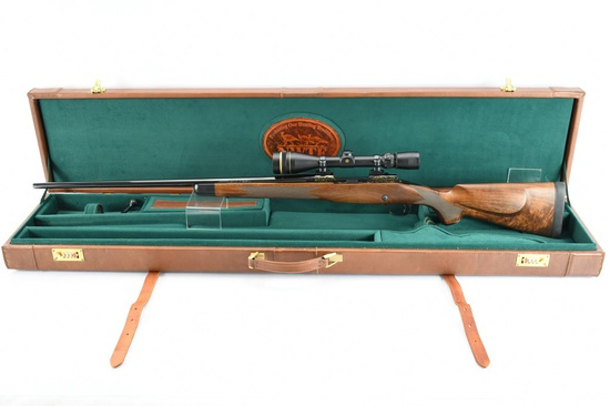 "Winchester, Model 70 Custom Shop ""Classic Super Grade"", 300 Win. Mag. Cal., SN - G371687"