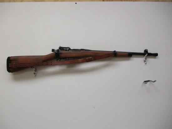 Enfield-England B990 mod. carbine 303 cal bolt action rifle 1 mag & sling s