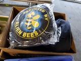 Lot of 4 Alien Bees bags