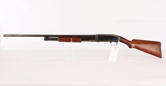 Winchester mod 12 12 ga pump shotgun