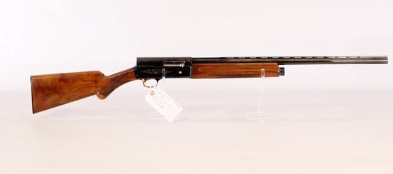 Browning-Japan mod Light 12 12 ga semi auto shotgun