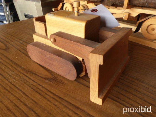 WOODEN DOZER DISPLAY