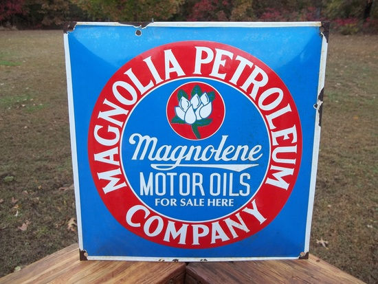 Porcelain Magnolia Petroleum Company Sign Magnolene Motor Oils For Sale Here Station Sign