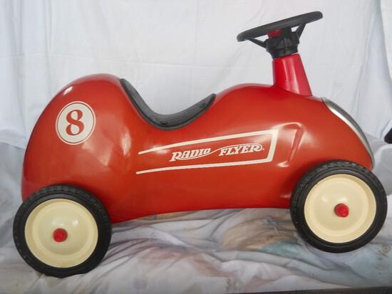 Radio Flyer #8 Ride-On