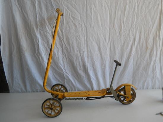 Honda Kick & Go Scooter