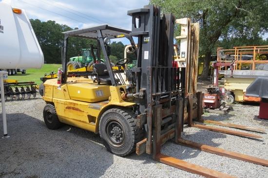 """1997 Caterpillar DP50 Forklift Serial: 6CM10156"
