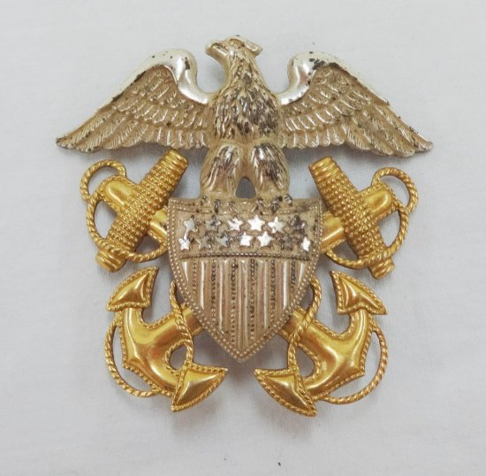WWII Period USN Officer's Cap Badge
