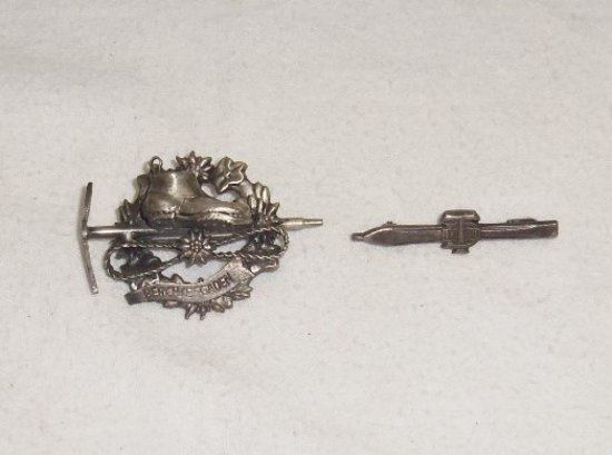 2pcs-Early German Ski Pins/Badges-Berchiesgaden & Ski Heil