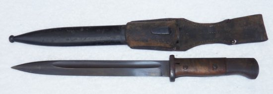 Late War K-98 Bayonet with Frog-Matching Number 1944