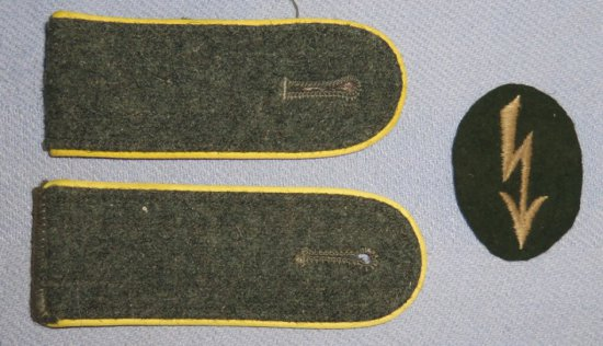 3 pcs. WW2 German Army Signals Shoulder Boards/Rate Patch