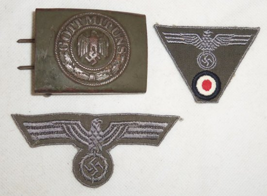 3 pcs. WW2 German Army Insignia/Belt Buckle