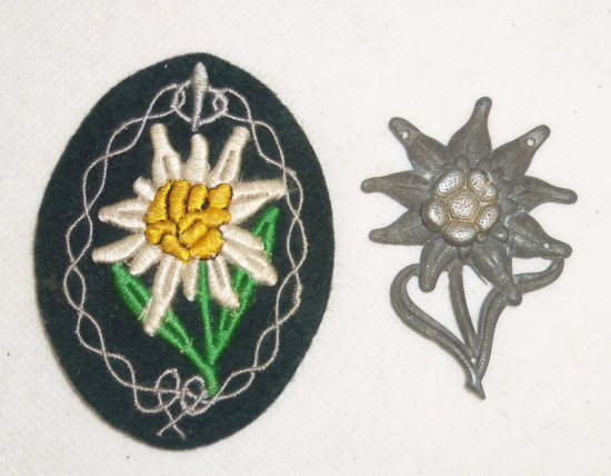 2 pcs.  WWII Herman Army Jager Troops Edelweiss Insignia