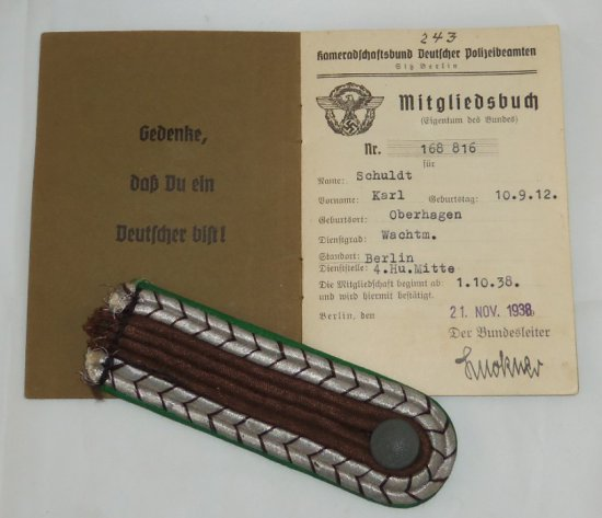 """2pcs-WW2 German Police Shoulder Board-Police """"Mitgliedsbuch"""" Membership Book With Stamps"""