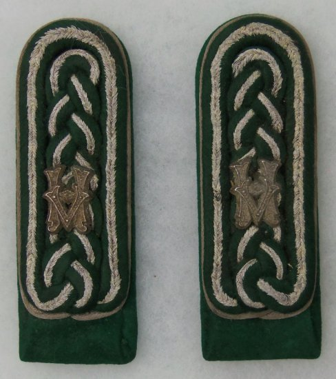 Matching Pair Wehrmachtbeamte NCO Shoulder Boards