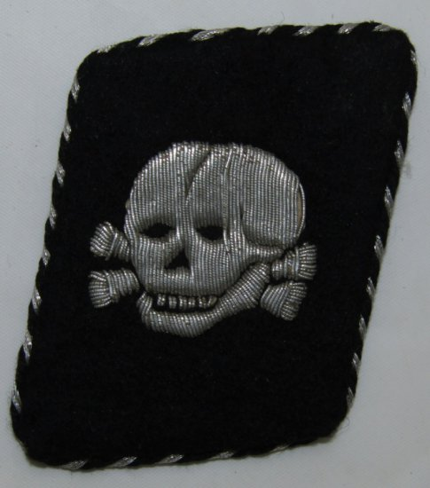 Rare Allgemeine SS Officer's Vertical Totenkopf Collar Tab-Bullion W/RZM Label
