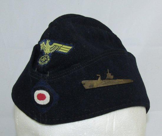 WW2 German Kriegsmarine Overseas Cap For EM With Metal U-Boat Device Attached
