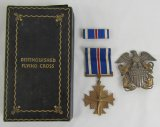 Rare WWII USN/USMC Issue Distinguished Flying Cross In Short Case-USN Cap Device