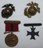 4pcs-WW1 Period USMC Cap EGA's/Good Conduct Medal-Sharpshooter Badge-Named