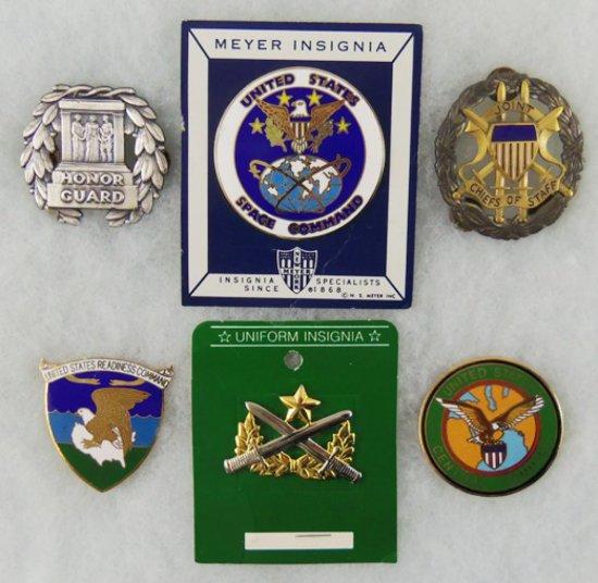 6 pcs. US Military Badges