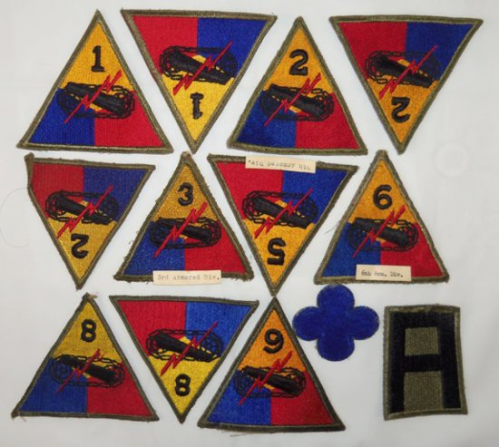 "13 pcs. WW2 Period US Patches-""Green Backs"""