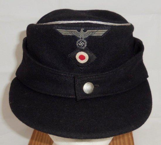 Late War Army Panzer Officer's M43 Cap