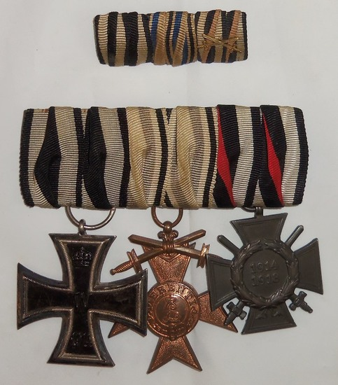 WW1 Three Place Parade Medal Bar With Ribbon Bar