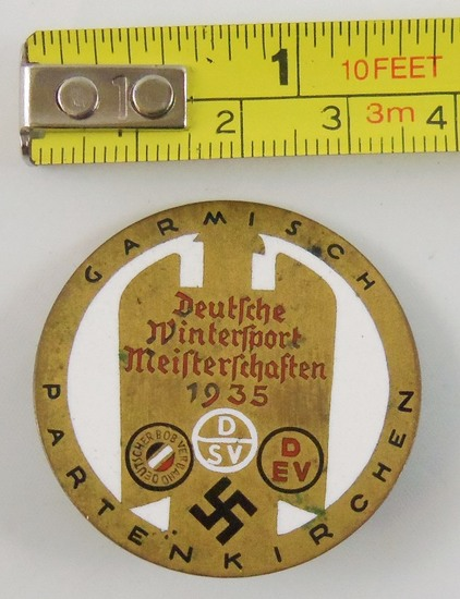 Scarce Variation 1935 Garmisch Partenkirchen Award Badge In Gold