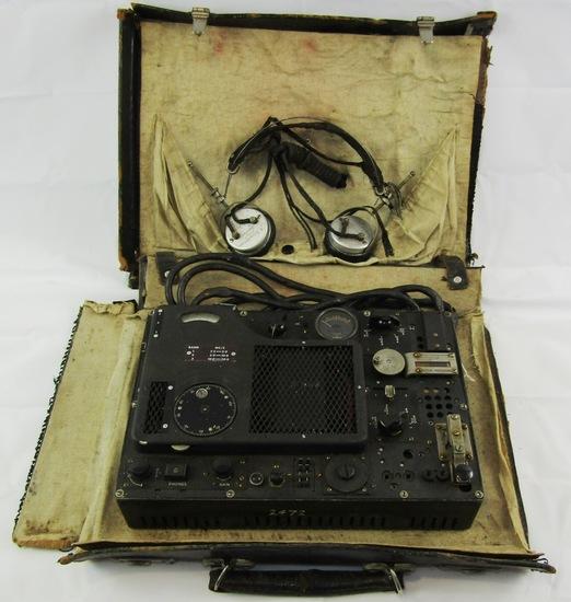 RARE! WW2 Briefcase Spy Radio Set-British Mark 2?