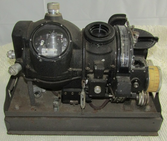 WW2 U.S. Navy Mark I Model 7 Norden Type Bombsight W/Original Metal Mounting Tray