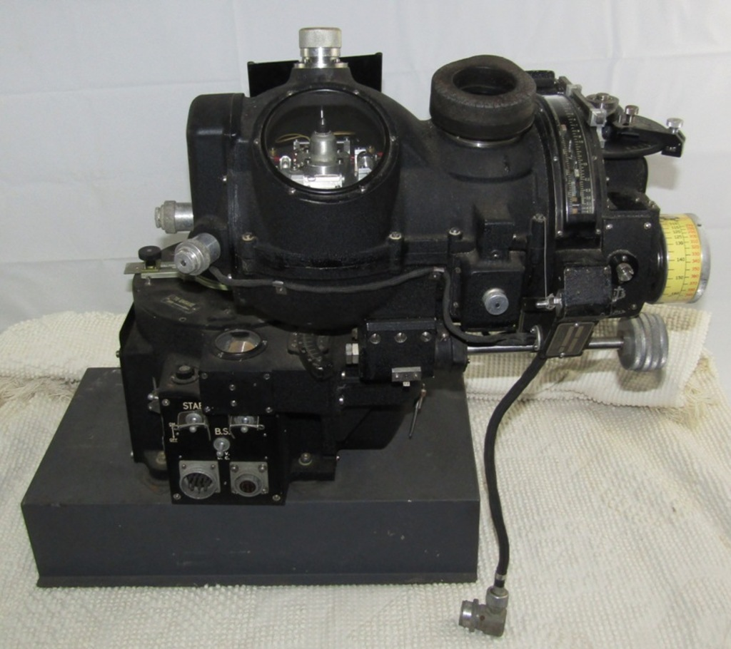 Rare WW2 U.S. Army Air Forces M-9B Norden Bombsight With Autopilot Assembly