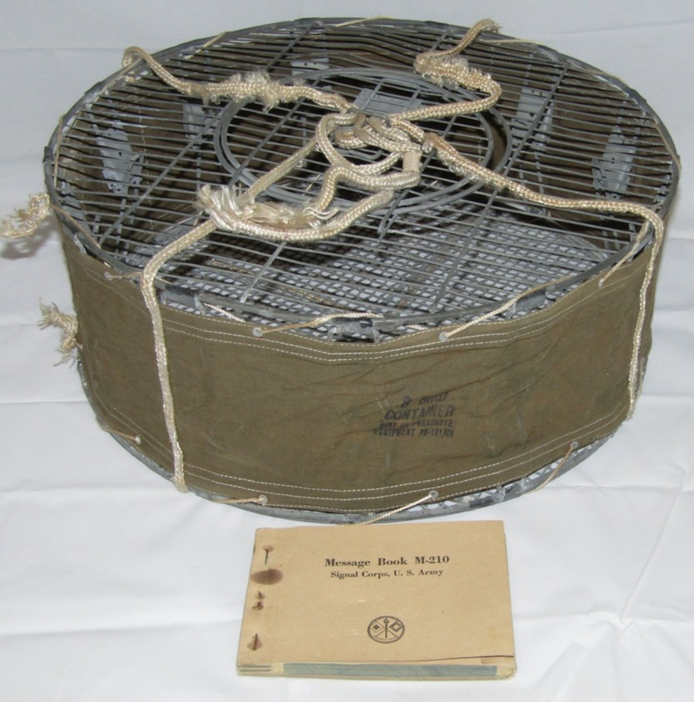 """Scarce WW2 U.S. Airborne Pigeon """"Jump"""" Cage With Message Booklet"""