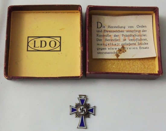 Miniature Mothers Cross In Silver With Original LDO Issue Box