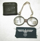 2pcs-WW2 German Dust Goggles With Metal Case-Bevo Breast Eagle For Enlisted