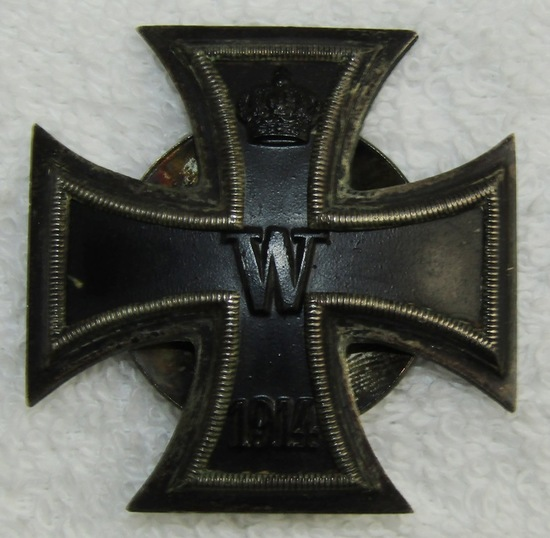 Scarce Vaulted WW1 Iron Cross 1st Class With 2pc Screw Back-.800 Silver Marked