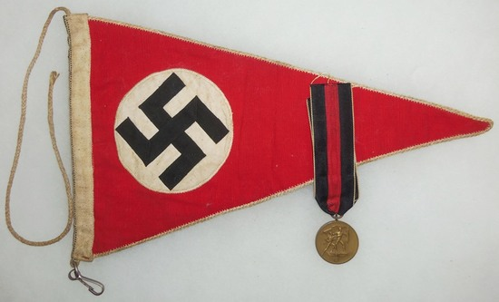 2pcs-WW2 Period German Austrian Annex Medal/Vehicle Pennant