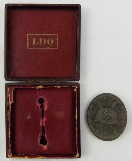 Silver Wound Badge With Issue Case-Klein & Quenzer