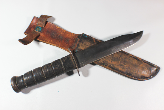 US WW2 USMC Marked Ka-Bar Fighting Knife With Leather Scabbard.  Blued Blade.
