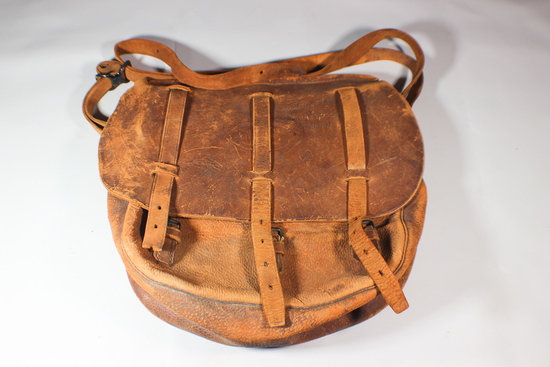 US WW1 Leather Dispatch Bag. Named. 88th Division. Signals.