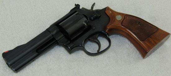 Smith & Wesson Model 586-4 .357 Magnum Revolver