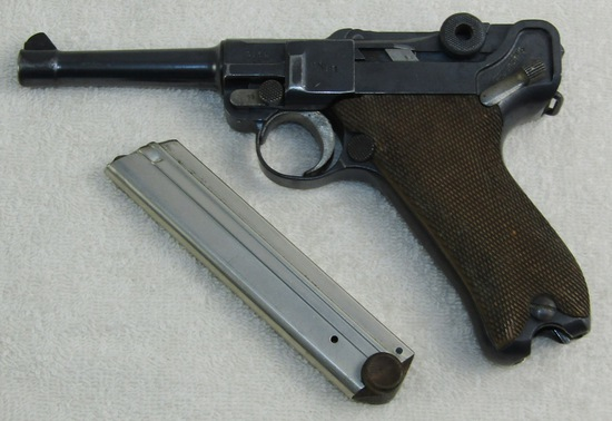 Rare Double Date WW1/Weimar Period Police Luger