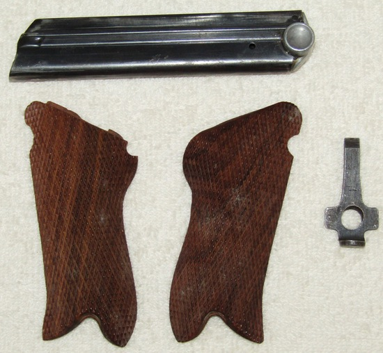 WW1/WW2 Checkered Wood Luger Grips-WW2 Clip/Luger Takedown Tool