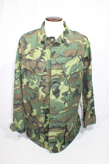 US Vietnam War 1970 Dated Size LARGE ERDL Camo Rip Stop Combat Field Jacket. RARE!